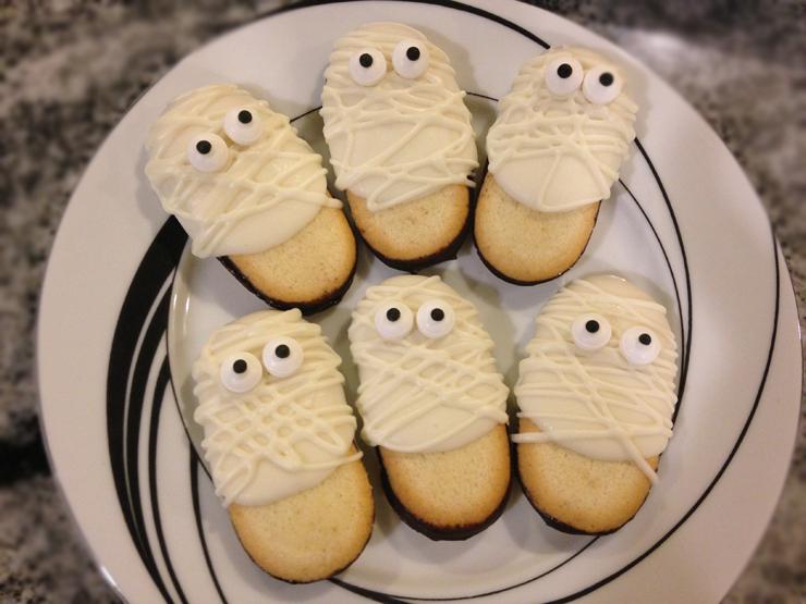 Super Easy Halloween Desserts