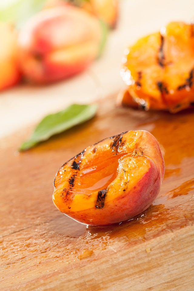 Grilled-Peaches