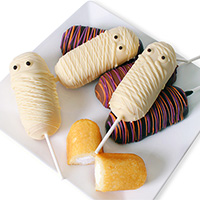 Halloween Mummy Twinkie® Pops