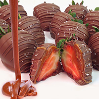 Sea Salt Caramel & Milk Chocolate Covered Strawberries (9067S)